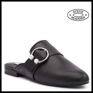 ❤️STEVE MADDEN BLACK LEATHER SLIP-ON CLOG SLIDES